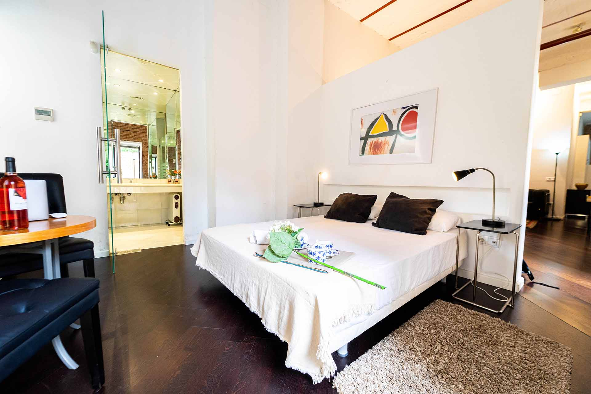 Purodreams is te easiest way to book a last-minute luxury homes. Last-minute lifestyle. In purodreams.com you can find design apartments and luxury villas, with last-minute deals. Relax is purodreams, no plans, no stress. Last-minute luxury homes managed by professionals.